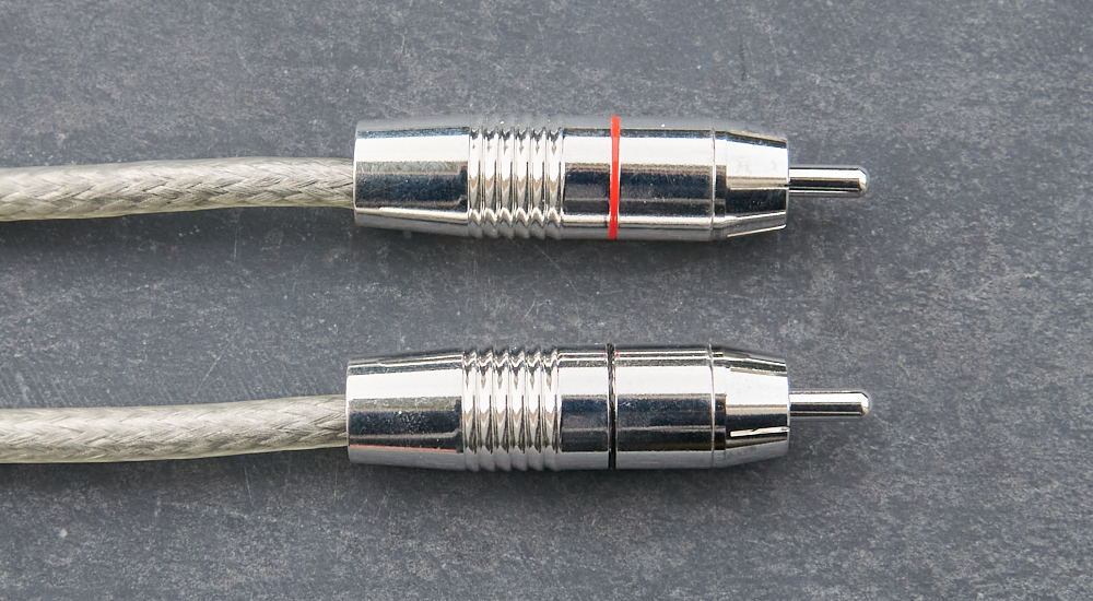 Audictive backbone with RCA connectors